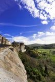 Dorf Trevinano nach dem Felshügel Lizenzfreie Stockbilder