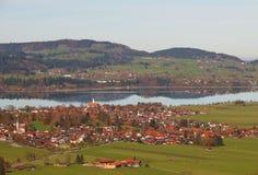 Dorf von Bayern in Deutschland Stockfotografie