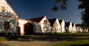 Dorf von Holasovice Lizenzfreie Stockfotografie