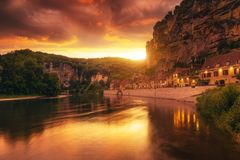 Dorf von La Roque Gageac in Dordogne-Abteilung in Frankreich Stockbild