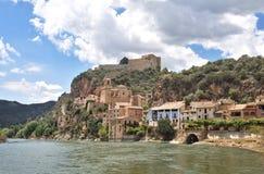 Dorf von Miravet, Tarragona Provinz, Katalonien, Spanien stockfotografie