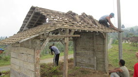 Dorfbürger arbeiten zusammen Lizenzfreie Stockfotografie