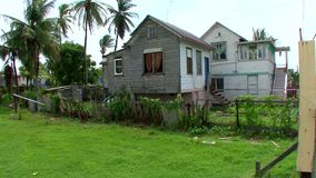 Dorfhäuser in Guyana stock footage