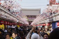 Dori van Nakamise, Asakusa, Tokyo, Japan stock afbeeldingen