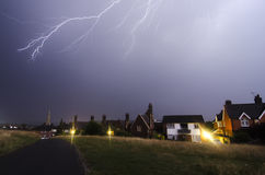 Dorking,英国2017年7月19日,在Dorking镇的闪电风暴 库存图片