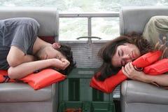 Dormendo sulla barca fotografie stock libere da diritti