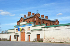 Dormition女修道院在Staraya拉多加 免版税库存图片
