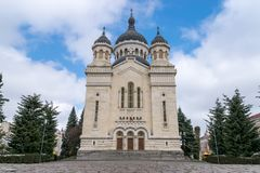 Dormition van de Theotokos-Kathedraal, cluj-Napoca, Roemenië stock foto's