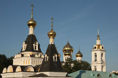 Dormitions-Kathedrale im Dmitrov der Kreml nahe Moskau, Russland lizenzfreie stockfotografie