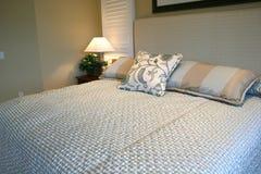 Dormitorio azul imagen de archivo libre de regalías