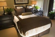 Dormitorio casero de lujo. Imagen de archivo libre de regalías