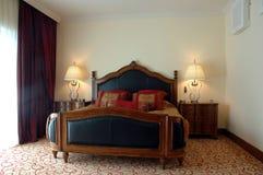 Dormitorio clásico Fotos de archivo libres de regalías