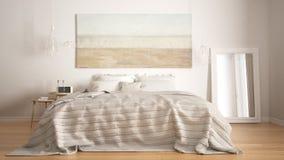 Dormitorio clásico, estilo moderno escandinavo, interio minimalistic Foto de archivo