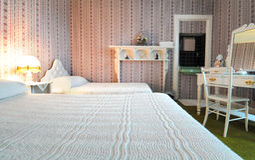 Dormitorio de lujo - viejo estilo Imagenes de archivo