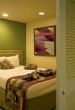 Dormitorio del centro turístico de vacaciones Fotos de archivo
