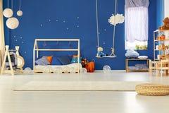 Dormitorio del niño Fotos de archivo libres de regalías
