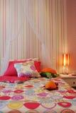 Dormitorio del niño bastante rosado Fotos de archivo libres de regalías
