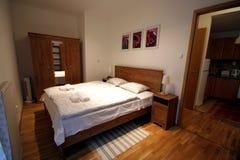 Dormitorio doble Fotografía de archivo libre de regalías