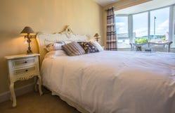 Dormitorio doble Fotos de archivo libres de regalías