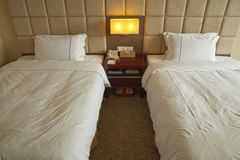 Dormitorio en hotel imágenes de archivo libres de regalías