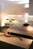 Dormitorio moderno Foto de archivo libre de regalías
