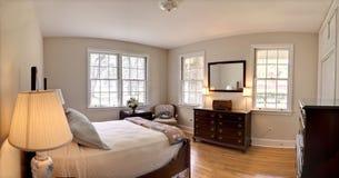 Dormitorio tradicional Imagen de archivo libre de regalías