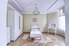 Dormitorios del diseño interior foto de archivo