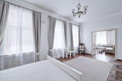 Dormitorios del diseño interior imagen de archivo
