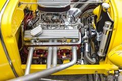 Dornbirn Österrike, 12 Juni 2011: Närbild av bils motor, Ameri Arkivfoton