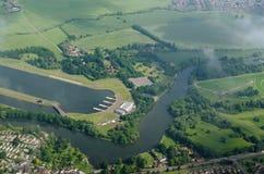 Dorney sjö- och flodThemsen på Eton, Berkshire Arkivbild