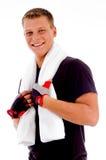dorosłego mienia mężczyzna uśmiechnięty ręcznik Zdjęcie Royalty Free