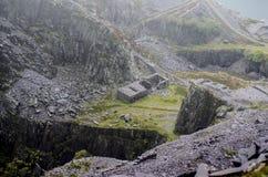 Dorothea Quarry em Gales norte imagens de stock royalty free