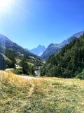Dorp in de bergen, Alpen Frankrijk Stock Afbeelding