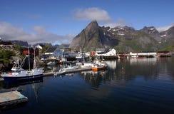Dorp op eilanden Lofoten stock fotografie
