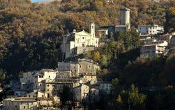 Dorp van Cantalice dichtbij Rieti, centraal Italië Stock Afbeelding