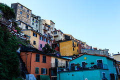 Dorp van Manarola in Cinque Terre stock afbeelding