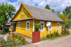 Dorpshuis in stad van Slonim wit-rusland Stock Afbeeldingen