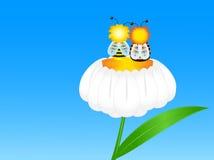 Dos abejas en la flor Foto de archivo libre de regalías