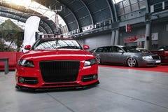 Dos adaptaron los coches, Audi S4 y A4 de plata Avant Foto de archivo
