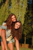 Dos adolescentes Fotografía de archivo libre de regalías