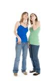 Dos adolescentes que miran para arriba Foto de archivo libre de regalías