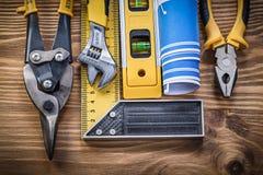 Dos alicates nivelados do quadrado de tentativa do modelo da construção monge de aço do cortador Foto de Stock