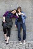 Dos amigos que se unen Imagenes de archivo