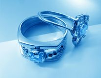 Dos anillos azules Imágenes de archivo libres de regalías