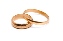 Dos anillos de oro Fotos de archivo libres de regalías