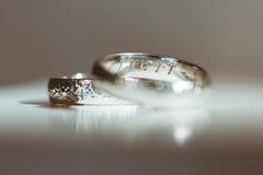 Dos anillos de plata Foto de archivo libre de regalías