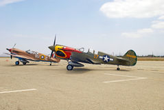Dos aviones de combate de Curtiss P-40 Warhawks Fotografía de archivo