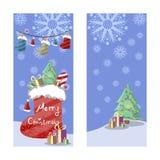 Dos banderas de la Navidad en estilo retro Regalos, copos de nieve y guirnaldas de botas, de sombreros y de luces coloreadas Imagen de archivo