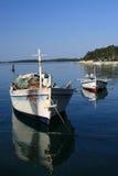 Dos barcos en el mar Imágenes de archivo libres de regalías