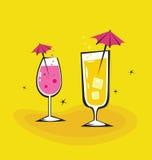 Dos bebidas retras en fondo anaranjado Foto de archivo